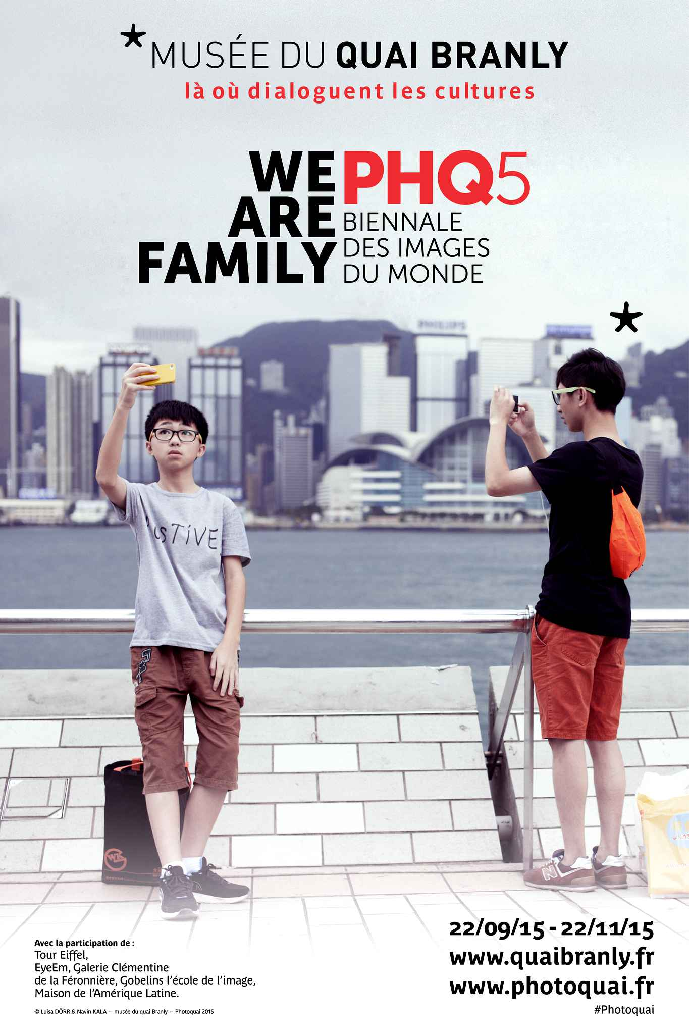 affiche-exposition-photoquai-5me-biennale-25ab-diaporama